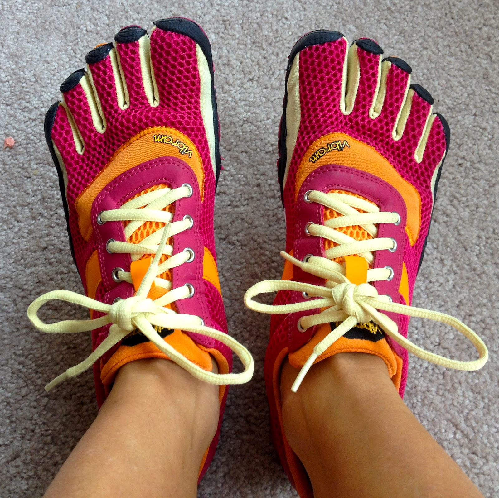 Healthy Fit Goddess: OMG, Shoes! Minimalist and Barefoot Running